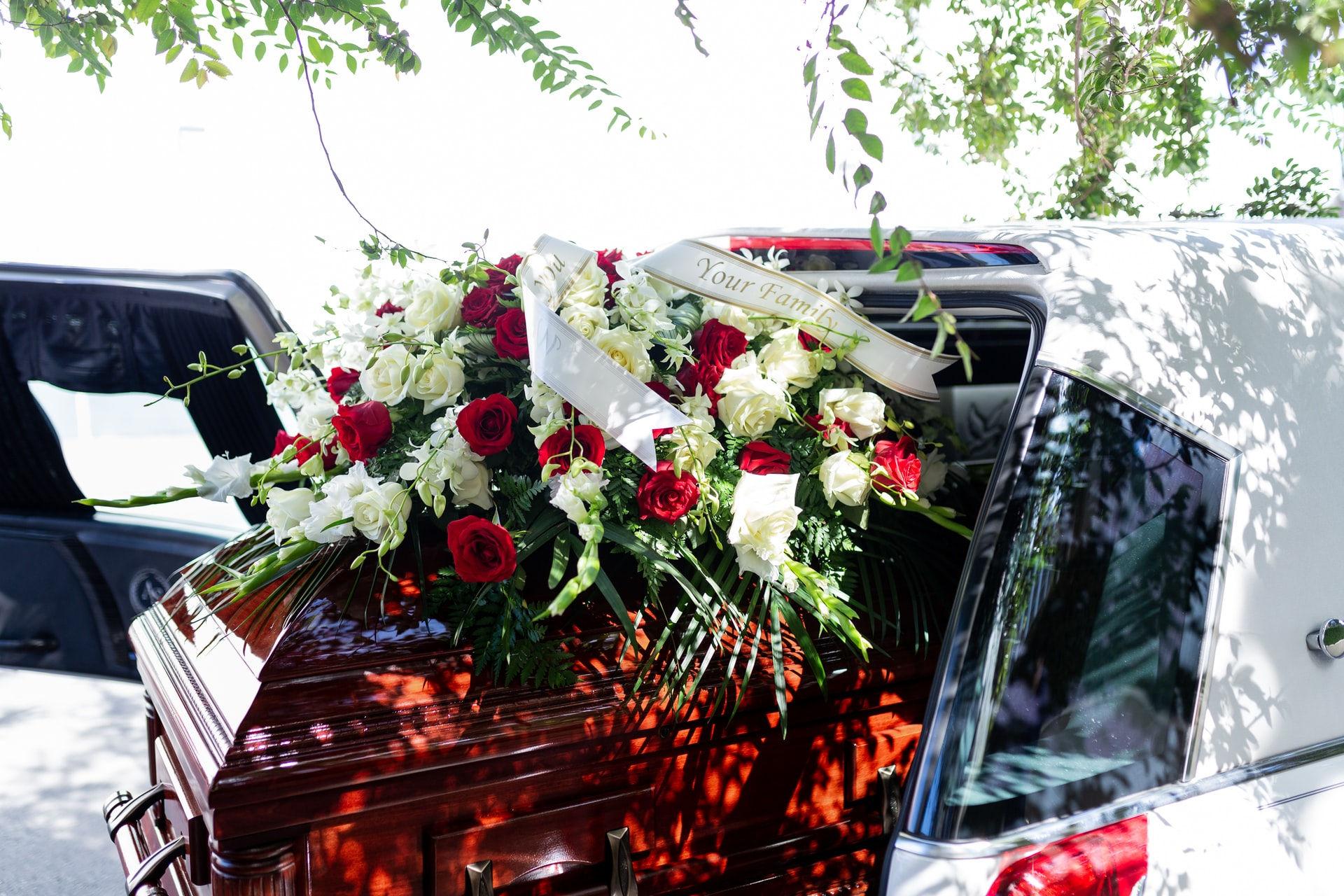 What You Should Know About Getting A Loan To Help Bury a Loved One Who Passed Away
