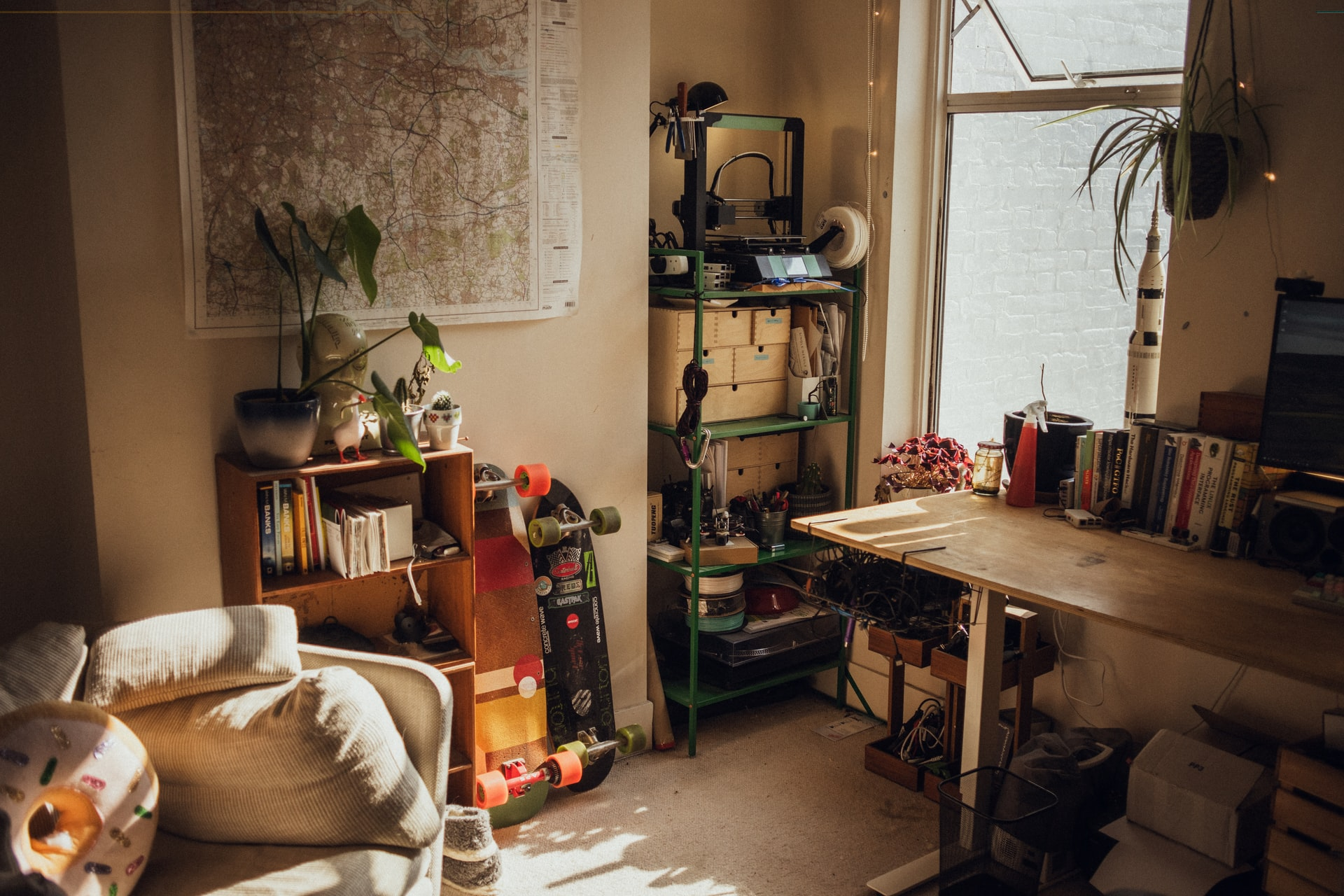 6 Useful Ways To Deal With The Extra Junk In Your House