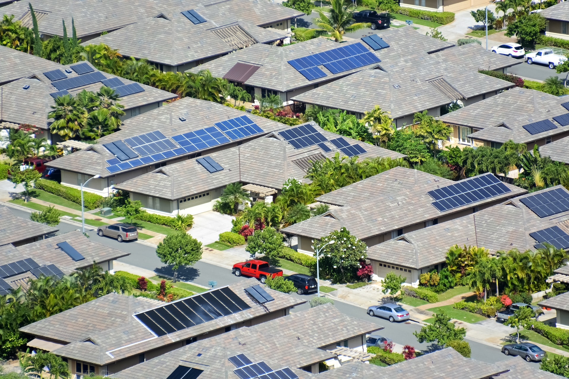 A Useful Guide To Know Everything Before Installing Solar Panels In Your House